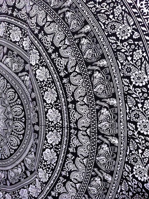 Rideau Mandala mural noir et blanc elephant