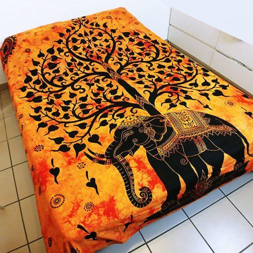Tenture murale arbre de vie elephant sur fond orange