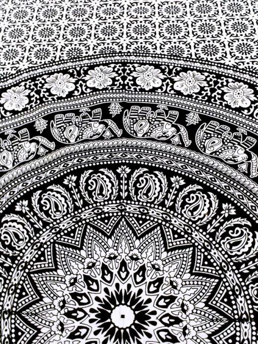 Tenture Mandala Noir et Blanc avec Elephants zen et hippie