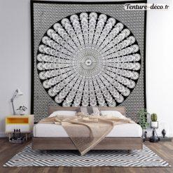 Tenture murale Mandala en noir et blanc