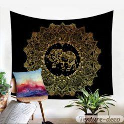 Tenture éléphant mandala sur fond noir