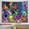 Tenture murale psychedelique lumiere noire cannabis